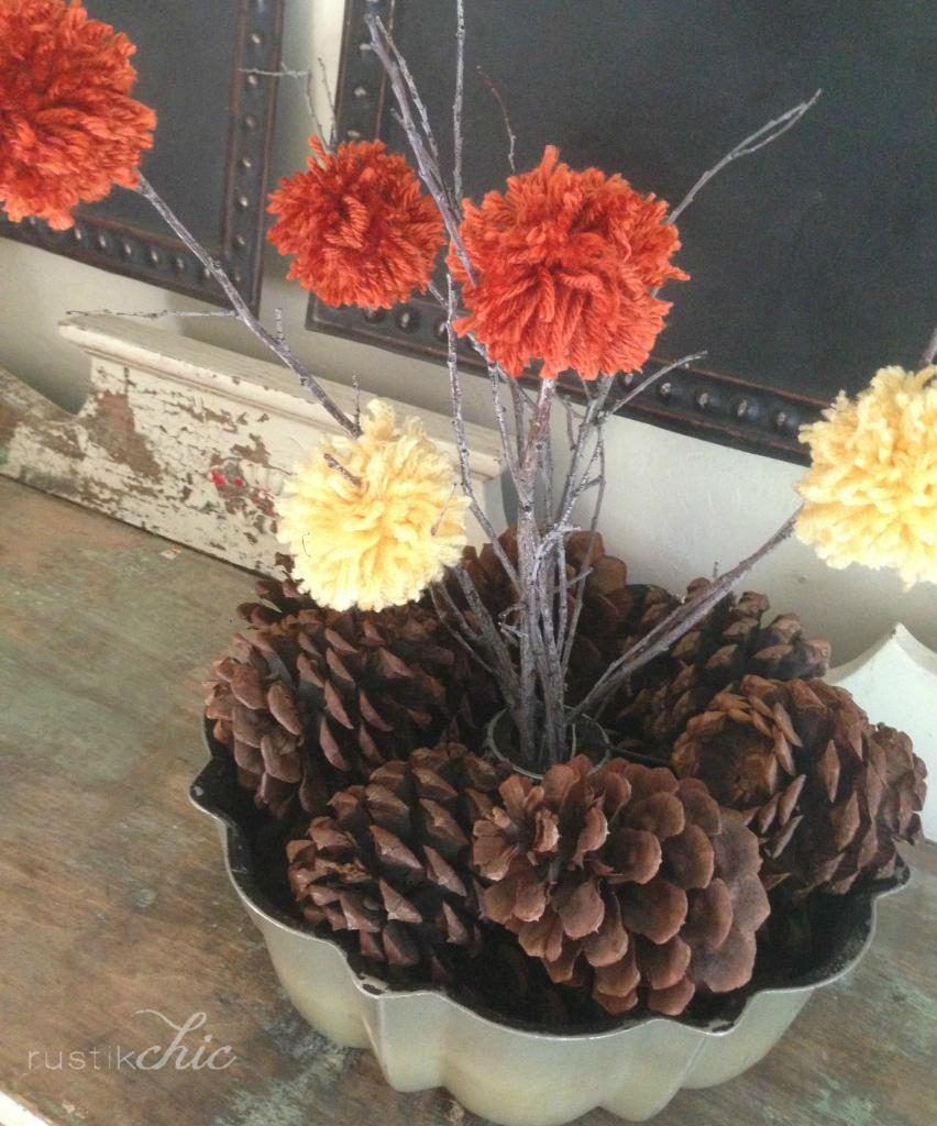 fun fall centerpiece // perfect DIY for the kiddos to help with! find the tutorial at diaryofanaddict.co